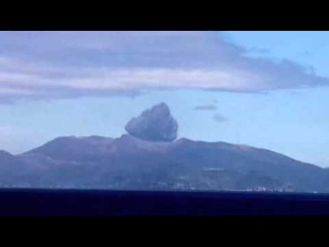 UFO Sightings 2015   Real UFO Attack Caught on Camera   Real UFO Footage