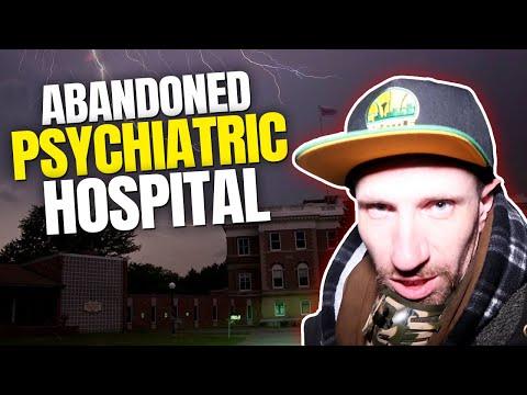 ABANDONED HOSPITAL EVERYTHING LEFT BEHIND!! (HEARD CREEPY SOUNDS EVERYWHERE!!)