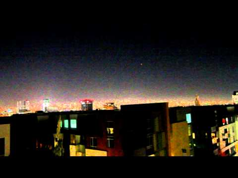 Breaking news! UFO SIGHTING in HOLLYWOOD PT 2 7/8/2012