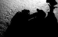 NASA Photo Showing 'Workman Fixing'Mars Curiosity Rover, Conspiracy Theorists Claim…